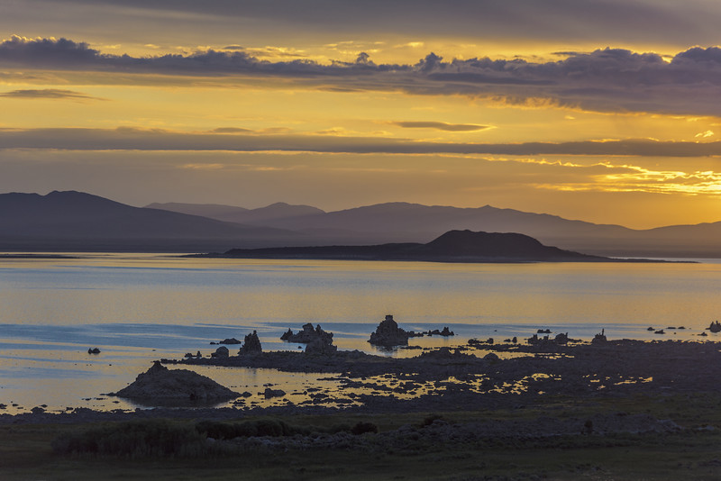 Sunrise on Mono Lake, Eastern Sierras, California