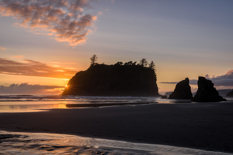 Sunset on Ruby Beach, Olympic Peninsula, Washington State