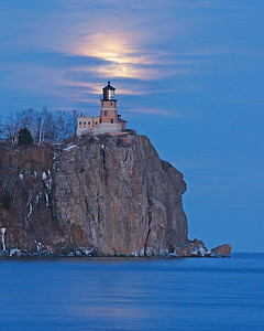 Split Rock Moonrise 2