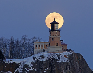 Split Rock Moonrise 19