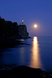 Split Rock Moonrise 36
