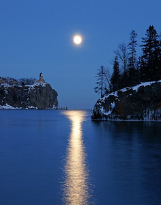 Split Rock Moonrise 10