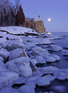 Split Rock Moonrise 29