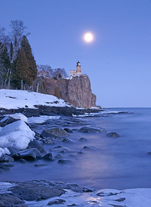 Split Rock Moonrise 15