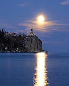 Split Rock Moonrise 8