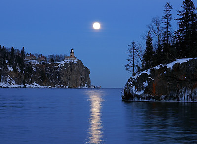 Split Rock Moonrise 12
