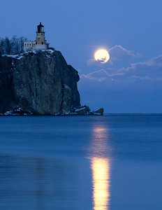 Split Rock Moonrise 22