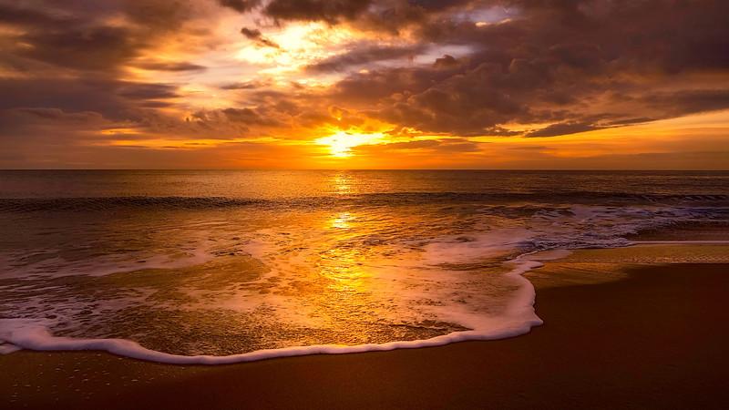 Sunset & Dawn on Whitley Bay Beach (32).jpg
