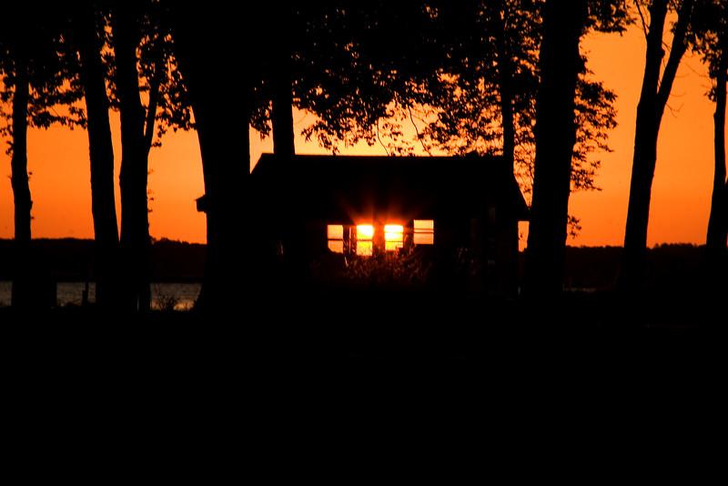 MH 03 - Sunrise near Omro on the Upper Fox River