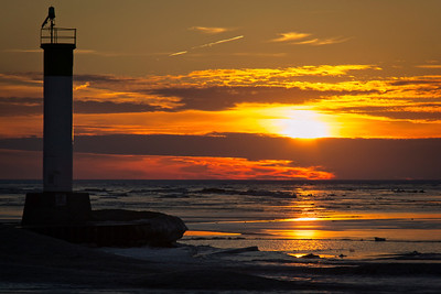 Lighthouse on Ice 2