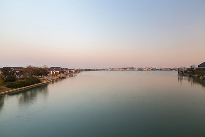 Jinji Lake (金鸡湖). Suzhou, Jiangsu, China (苏州,江苏,中国)