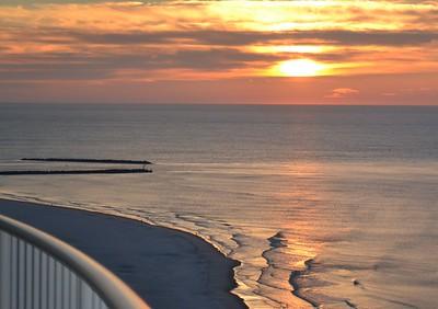 Turquoise Place sunrise