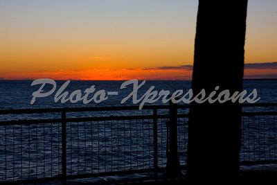 boardwalk_sunrise_4894