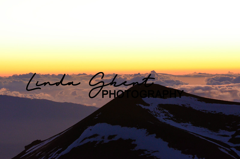 sunset from the top of Mauna Kea