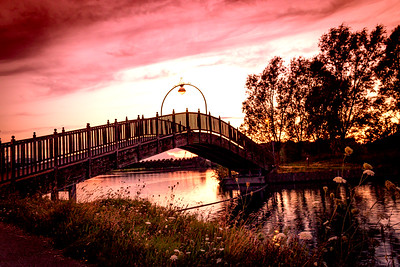 Lakeside Bridge in Doncaster on a beautiful evening, Pink hue