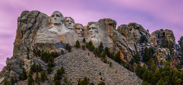 Dusk at Mount Rushmore