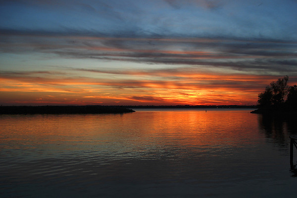 Rend lake sunset off interest 57