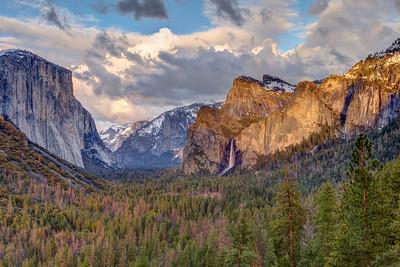 Yosemite Valley at Sunset