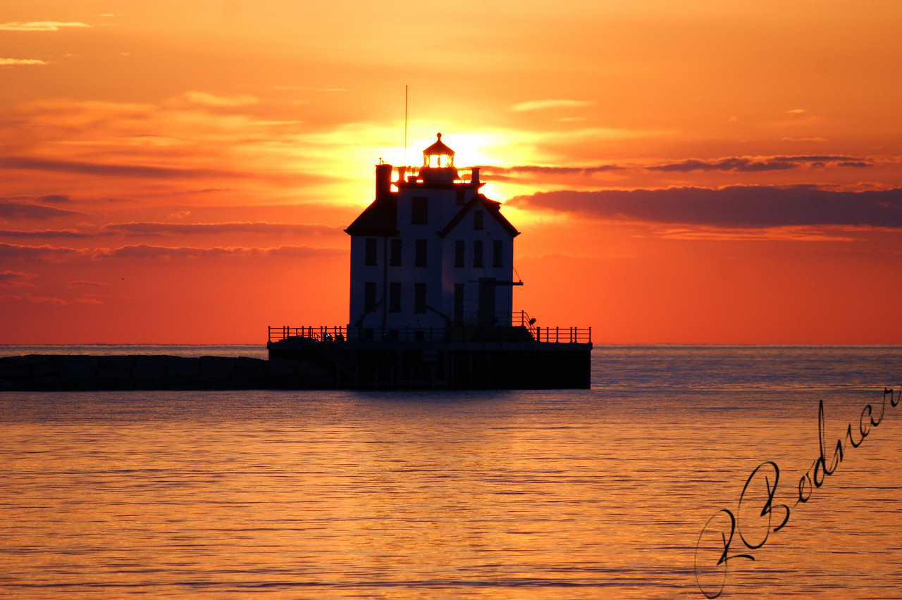 Photo By Robert Bodnar....................................Lorain Lighthouse