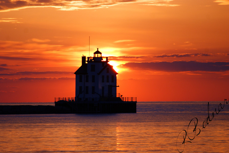 Photo By Robert Bodnar.....................................Lorain Sunset