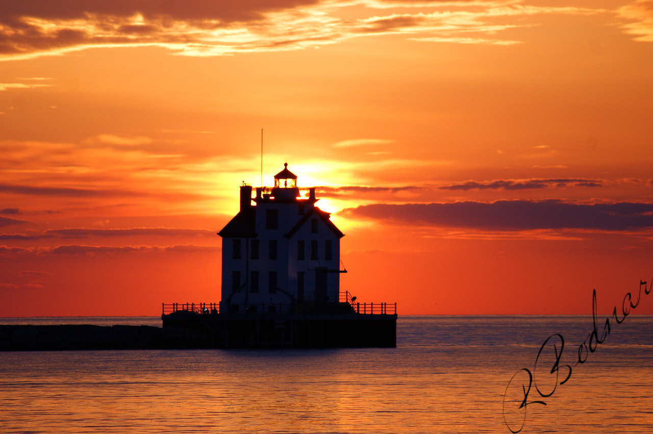 Photo By Robert Bodnar.....................................Lorain Harbor