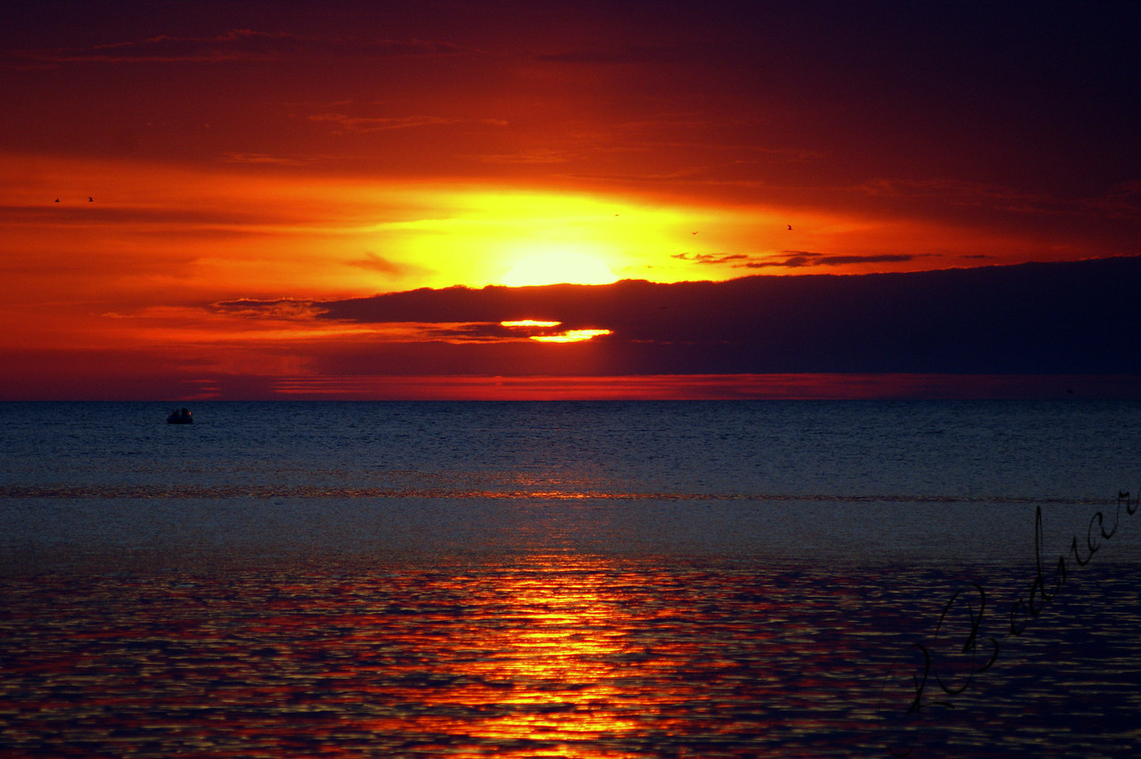 Photo By Robert Bodnar.......................................Beautiful lorain Sunset