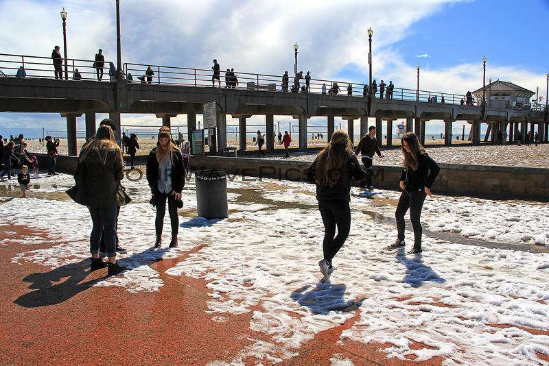 2015-03-02_9536_HB Pier Northside.JPG<br /> <br /> Snowball fighting at the Huntington Beach pier 3/2/15