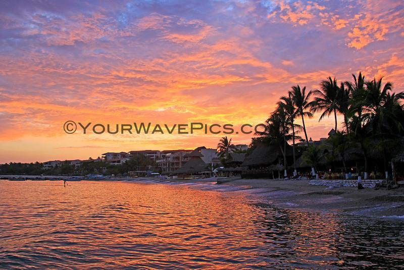 04-09-14_Punta de Mita sunset_5633.JPG