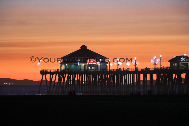 2020-12-31_HB Pier Sunset_13.JPG <br /> Last sunset of the year!