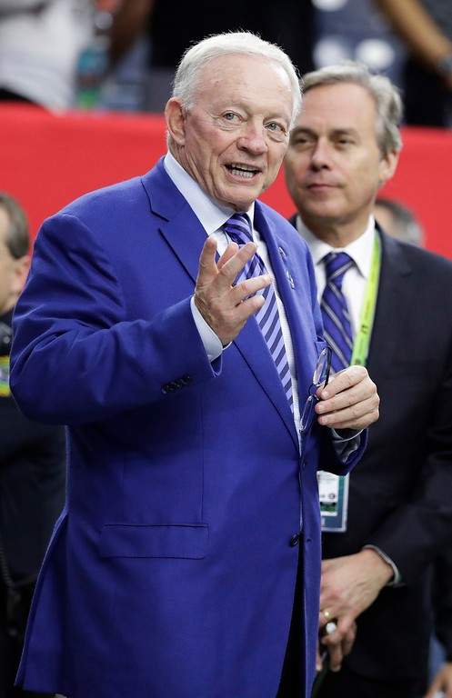 . Dallas Cowboys owner Jerry Jones walks on the field before the NFL Super Bowl 51 football game between the New England Patriots and the Atlanta Falcons, Sunday, Feb. 5, 2017, in Houston. (AP Photo/Chuck Burton)