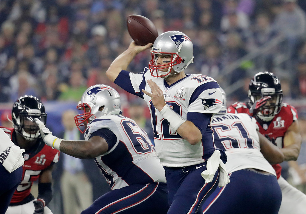 . New England Patriots\' Tom Brady throws against the Atlanta Falcons during the second half of the NFL Super Bowl 51 football game Sunday, Feb. 5, 2017, in Houston. (AP Photo/Eric Gay)