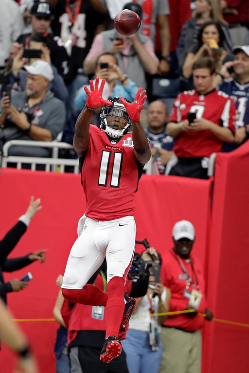 . Atlanta Falcons\' Julio Jones (11) warms up before the NFL Super Bowl 51 football game against the New England Patriots Sunday, Feb. 5, 2017, in Houston. (AP Photo/Darron Cummings)