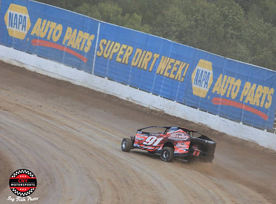 Super DIRT Week Wednesday Practice October 4 Jay Fish Photos