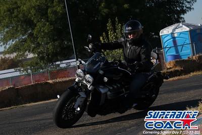 superbikecoach_corneringschool_2020_november22_Group-B_3