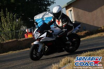 superbikecoach_corneringschool_2020_november22_Group-B_17
