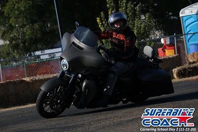 superbikecoach_corneringschool_2020_november22_Group-B_28