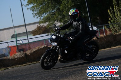 superbikecoach_corneringschool_2020_november22_Group-B_10
