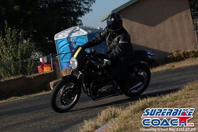 superbikecoach_corneringschool_2020_november22_Group-B_6