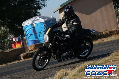 superbikecoach_corneringschool_2020_november22_Group-B_22