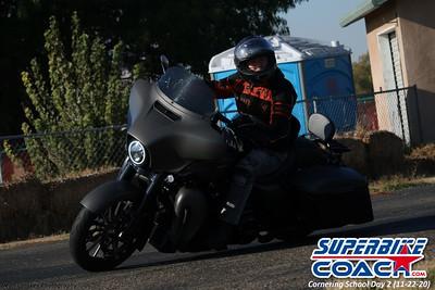 superbikecoach_corneringschool_2020_november22_Group-B_13