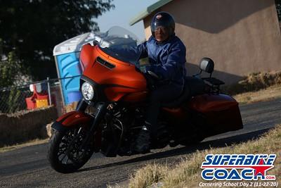 superbikecoach_corneringschool_2020_november22_Group-B_14