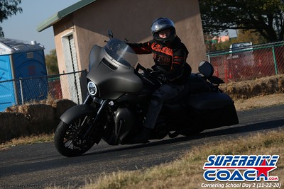superbikecoach_corneringschool_2020_november22_Group-B_12