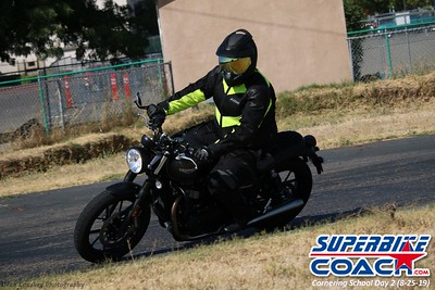superbikecoach_corneringschool_2019aug29_GroupA_15