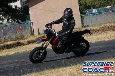 superbikecoach_corneringschool_2019aug29_GroupA_17