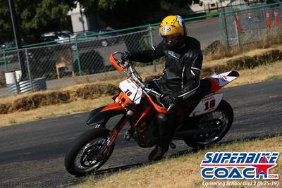 superbikecoach_corneringschool_2019aug29_GroupA_26