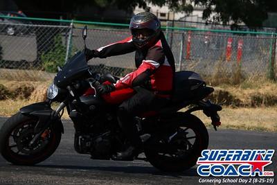 superbikecoach_corneringschool_2019aug29_GroupA_9