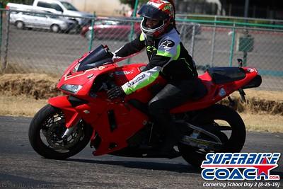 superbikecoach_corneringschool_2019aug29_GroupA_12