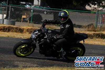 superbikecoach_corneringschool_2019aug29_GroupA_7