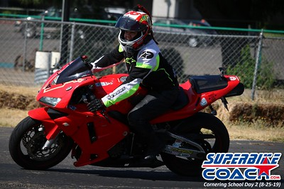 superbikecoach_corneringschool_2019aug29_GroupA_11