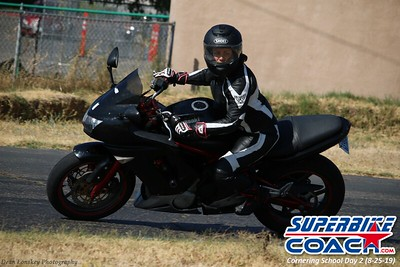 superbikecoach_corneringschool_2019aug29_GroupB_25